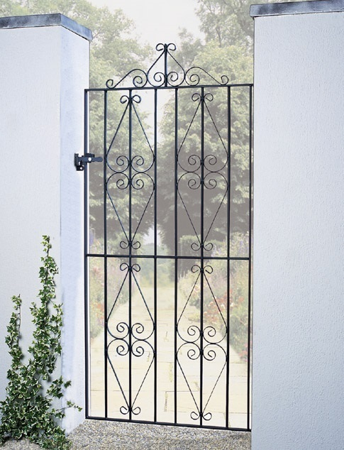 Stirling Tall Metal Side Gate