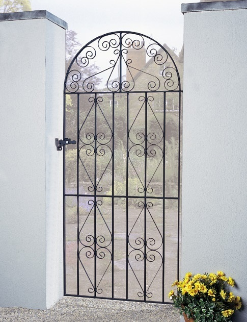 Stirling Bow Top Tall Metal Side Gate