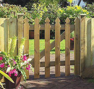 Elite Palisade Wooden Garden Gate
